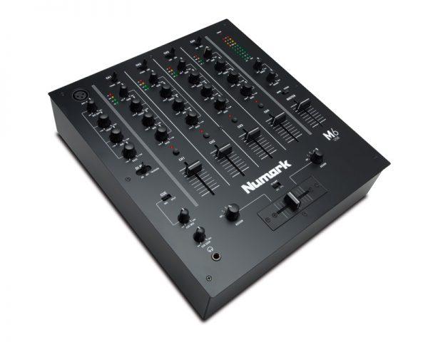 M6 USB Black
