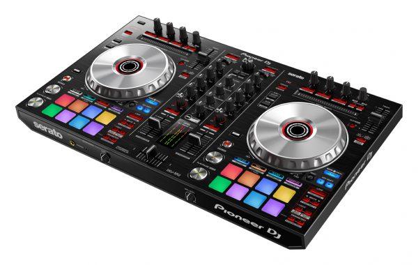 AUDIOIBIZA CONTROLADOR DJ PIONEER DJ DDJ SR2 prm angle low 0809