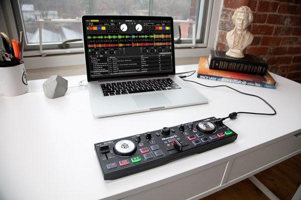 CONTROLADOR DJ DJ2GO2 Touch