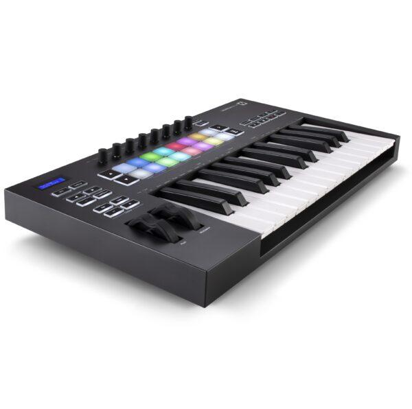 AUDIOIBIZA TECLADO MIDI NOVATION LaunchKey 25 3quart left HR scaled